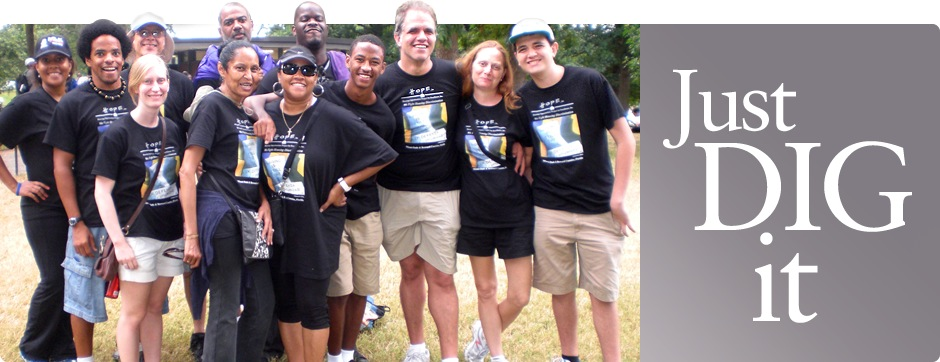Matthew Dietz, Debbie Dietz, Keenya Robertson and the staff and friends of Housing Opportunities Project for Excellence, Inc., at the 50th Anniversary March on Washington for Jobs and Freedom
